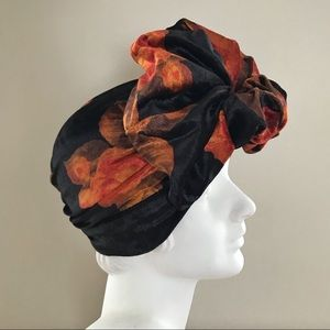 Accessories - Vintage inspired velvet turban